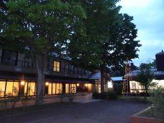 水田のカエルの合唱を聴きながらホテルに戻って来ました。