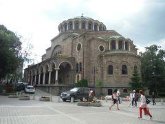 こちらの教会は、木造のブルガリア正教会だったが、オスマン支配解放後に増築&リノベして、このように立派に増築したそうです。