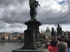 聖ヤン ネポムツキー像