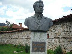 ベンコフスキの家に降りてきました。ベンコフスキの銅像です。四月蜂起でオスマン帝国と戦う首謀者になったそうです。