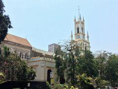 St. Thomas' Cathedral. スタバの真正面から見えます。