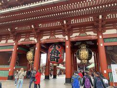 暮れから新年にかけて都内浅草、上野周辺、そしてディズニーリゾート滞在のパターンが多く、電車で移動すると言うパターンが多かったです。