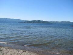 屈斜路湖の中島も見えています。