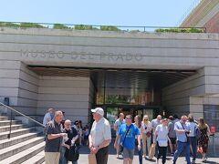 食後にプラド美術館に来ました。入場チケットは、事前にネットで購入しました。15.5ユーロです。