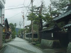 やってきたのは寺町通り。大野の寺町には9つの宗派、16ヶ寺が並んでいるそうだ。