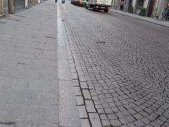 宿泊したお隣の方が5時頃から騒がしく、目が覚めたので6時頃おきて、フィレンツェ市内散策