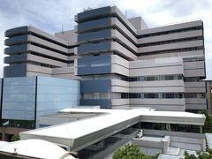 ひと駅先の市大医学部駅のホームから、横浜市大病院がよく見えました。 母が検査入院した病院。辛かった日々がよみがえります…。(T-T)