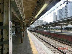 八王子駅から特急と鈍行で小淵沢への時間を比べると 値段の割ほどにはそんなに違わないので中央本線と中央線の高尾駅で 乗り換えの鈍行で行くことにした。