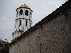 旧市街に向かう時のエレナ教会です。