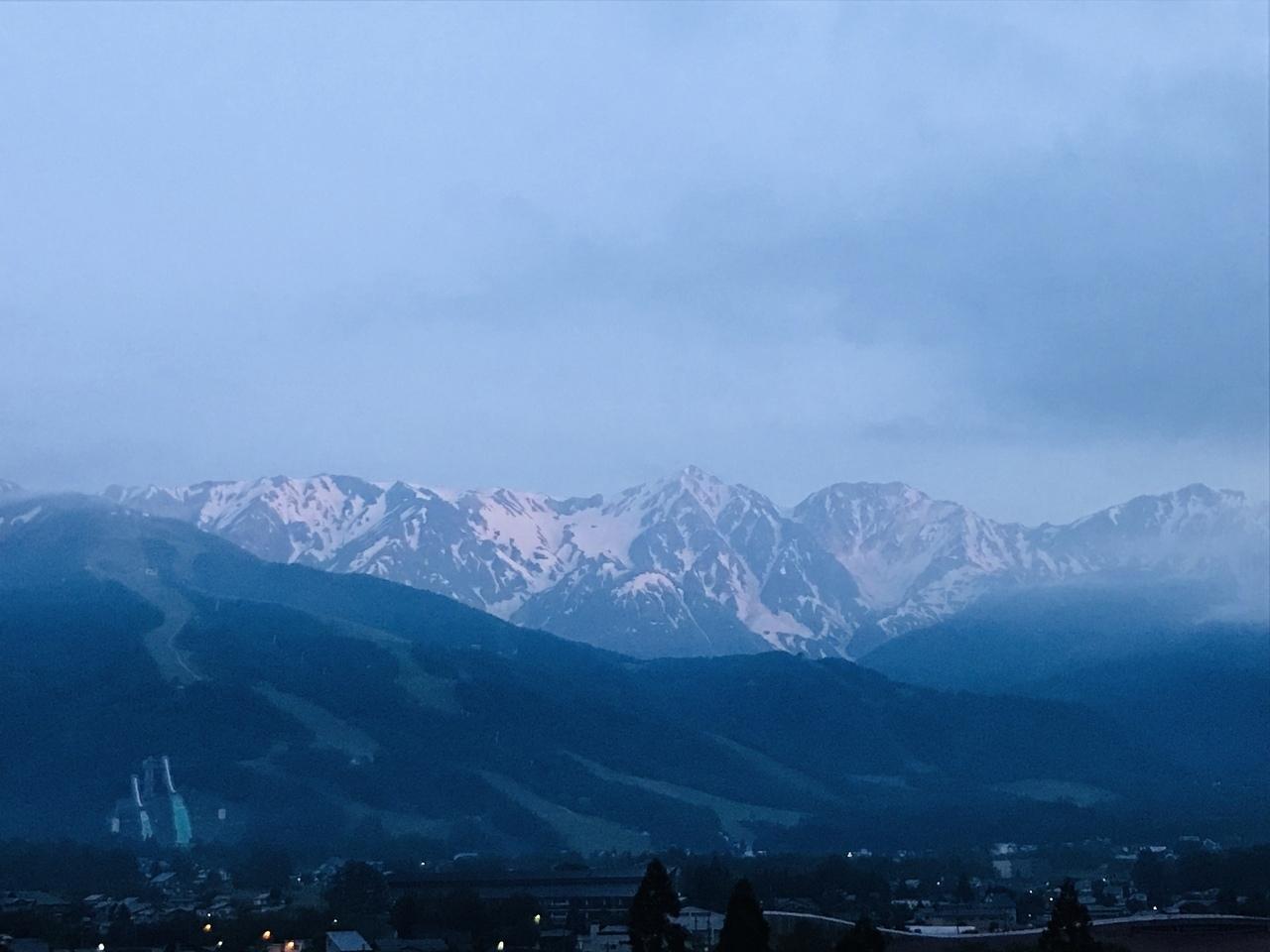 日の出前の鳥のさえずりで目が覚めてしまった(*^^*) いつもはこんなに早く起きられないのに、、、 旅行に来るとなんでこんなにも早起き出来るのか不思議~