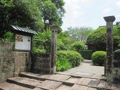 途中には小村記念館があります。 明治時代の外交官で、外務大臣時代に日露戦争後のポーツマス条約締結に奔走した小村寿太郎氏の功績をたたえて平成5年に開館したそうです。 小村寿太郎氏がここ飫肥の出身だったことを初めて知りました。