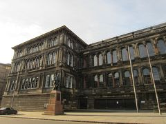 スコットランド国立博物館 2体の像がありました。