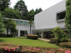 国立ハンセン病資料館 中の撮影は禁止でした。 日本のハンセン病をめぐる歴史などについて展示されています。 治療薬ができる前の時代、療養所の中の患者がいかに過酷な状況下に置かれていたかについて知ることができます。