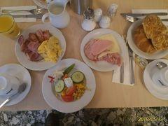 2019年5月13日(月)8時、NOVUM HOTEL PRINZ EUGENEの朝食。アメリカンスタイルのビュッフェで、豊富な内容だった。