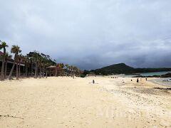 車で15分ほど走ったところにある、「ばしゃ山村」の前のビーチ。