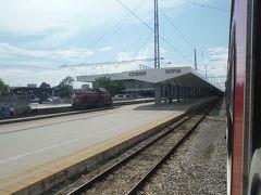 16時半にソフィア駅に戻ってきました。西の黒海ブルガスから東の首都ソフィアの長距離移動は7時間かかりました。