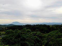 坂本龍馬夫妻のパネルの隣にある『展望台』からの風景です。
