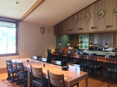 朝食のヴィネスパ内の和食レストラン。部屋数が少ないのでゆったりした雰囲気です。