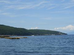 鍋釣岩から奥尻港方面。