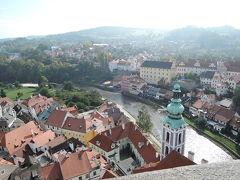 チェスキークロムロフ城の塔に登ります。 テラスからの眺めは最高です。