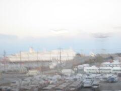 もう一度、太平洋フェリーの遠景を…。