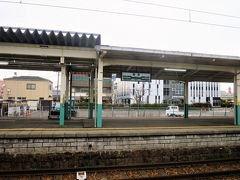 9:38 新津駅に着きました。(新潟駅から19分) これより磐越西線に入ります。
