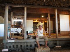 奄美パーク、無料ゾーンだけでも意外と遊べます。 島ごとの展示とか真剣に見ると結構見ごたえあり。 リアルなあまじいwww 結構人気みたいです(笑)