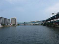 御笠川下流方面景色 直ぐ博多湾です