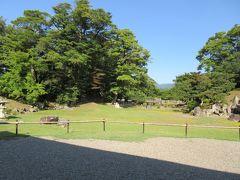 そしてその横にあるのが、玄宮園。  4代藩主井伊直興が造営した池泉回遊式庭園です。