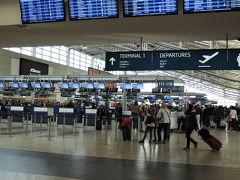 プラハ空港ターミナル1 出国口。ブリティッシュ・エアウェイでプラハ→ロンドン経由→成田に帰ります。