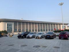 朝7時 天津駅に集合です。 天津の新幹線(高鐵)の駅は、このほかに天津西・天津南があります。 (特に北京に向かうときは注意してください)  ちなみに先月、上海に出張したときは天津南でした。