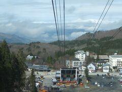 前日とはうって変わって、良い天気でしたので、蔵王中央ロープウェイへ。