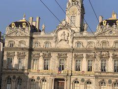 市庁舎 立派な事。