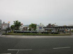 本日のダム巡り&道の駅スタンプラリーはこれにて閉幕  この後は福知山市内の親戚の家に立ち寄り荷物を降ろし 普段女でのいない家なので家内は大掃除を担当 私は朝東京を旅立ち京都市内を観光後JRで福知山に来る義父母を迎えに福知山駅にやって来ました  「日吉ダム」から「福知山駅」は主に国道9号線で56km程の距離