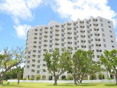 石垣島の宿泊は ホテル ロイヤルマリンパレス 石垣島 よく言えばレジデンスタイプ・・・ まあまあ高級なウィークリーマンション?! といった感じでした
