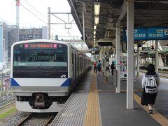 早起きしてまずは宇都宮線で小山駅へ。 この駅から水戸線に乗り換えて、茨城県の水戸駅へ向かいます。