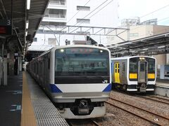 水戸駅からは常磐線に乗り換え。 東京から水戸までの常磐線は15両編成、グリーン車付ですが、水戸から先は5両編成、グリーン車無しの電車になります。