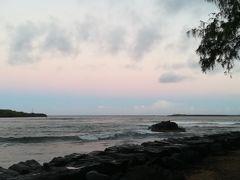 カラパキビーチのサンセット 波が高くて子供が遊びやすいビーチというより、サーフィンとかしてる人がいるようなビーチです