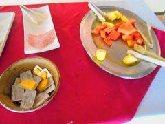 サラピキ・レインフォレスト・ロッジのレストランの朝食