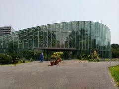 熱帯植物園の建物