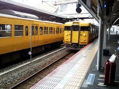 この地区は名古屋では博物館入りしてる国鉄の昭和の車両が結構現役で走ってます。
