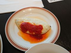 クラブラウンジで朝食でも良かったのですが ガーデンレストランのブッフェの評判が良かったので。 ラストオーダー間際に伺ったのですが、エッグステーションで 好物のホワイトオムレツも作って貰えましたし。
