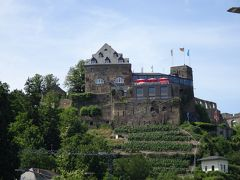 古城ホテルでもある、「ラインフェルス城」。 前回はこのお城まで行って、城址も見れたけど、今回は時間がなくて残念。