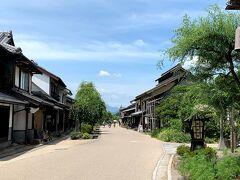江戸時代に軽井沢と長野を結ぶ北国街道の宿場町「海野宿」は約100棟の家が連なる町並み。観光客が少なく静かな雰囲気だった。