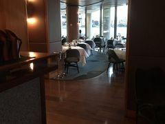 Sydneyのtop rated restaurantのひとつ、Ariaにてdinner。