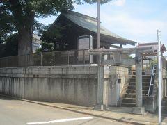 バス通り沿いをちょっとお散歩 こちらの八雲神社の少し先はもう埼玉県になります