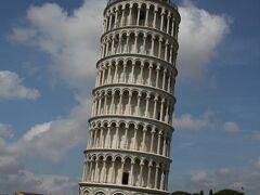 ピサといえば、もちろん斜塔