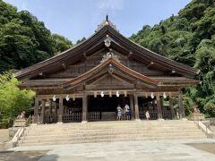 全国の「えびす様」の総本山が、この美保神社だそうです。境内は歴史は感じさせるものの、あまり広くはないという印象でした。