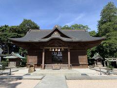 松江城内にある、松江神社。最初は城内にはなかったのですが、様々な方の御霊を合祀・配祀する過程で、現在の場所になったようです。
