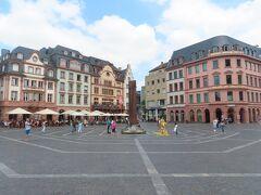 大聖堂前マルクト広場。。